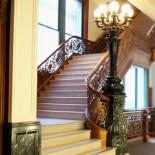 Elevators-stairs-patrons